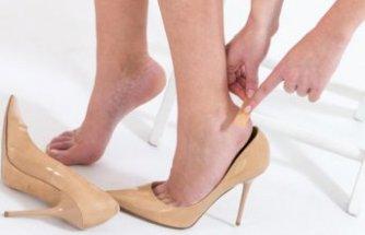 Ayağı vuran ayakkabı giymekten ve pedikürden kaçının!