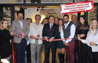 BBG Melih'ten İzmir'de oyunculuk atölyesi