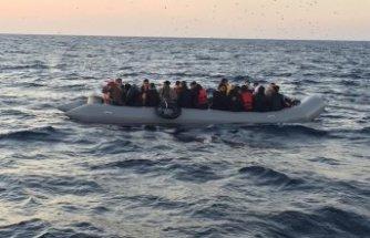 İzmir'de 214 kaçak yakalandı