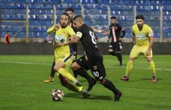 Adanaspor: 1 - Ekol Göz Menemenspor: 3