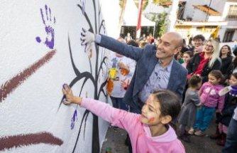 """""""Renkli Proje"""" Lale Mahallesi'nde hayatı değiştirdi"""