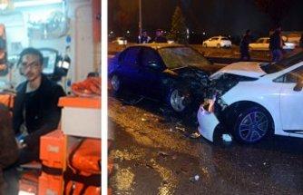 Tutanak tutan sürücülere otomobil çarptı: 6 yaralı