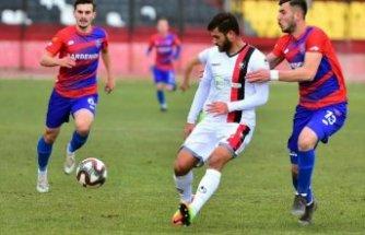 Uşakspor: 3 - Kardemir Karabükspor: 0