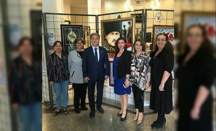 Bornova'da 'Atatürk ve Sanat' sergisi açıldı