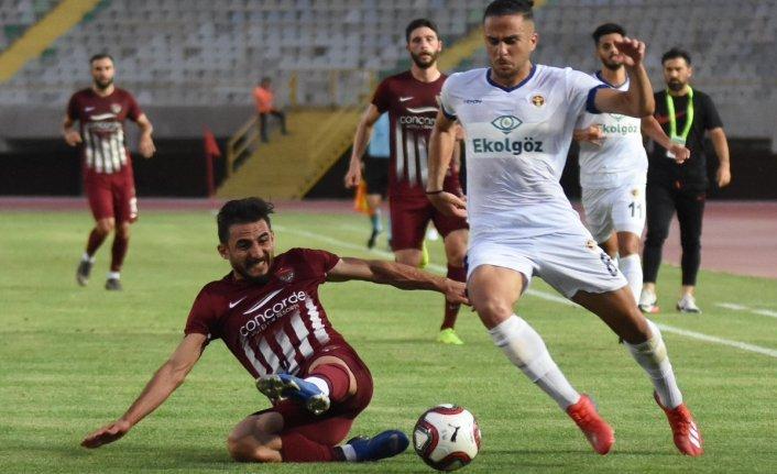 Menemenspor İzmir'de Hatayspor'a farklı yenildi