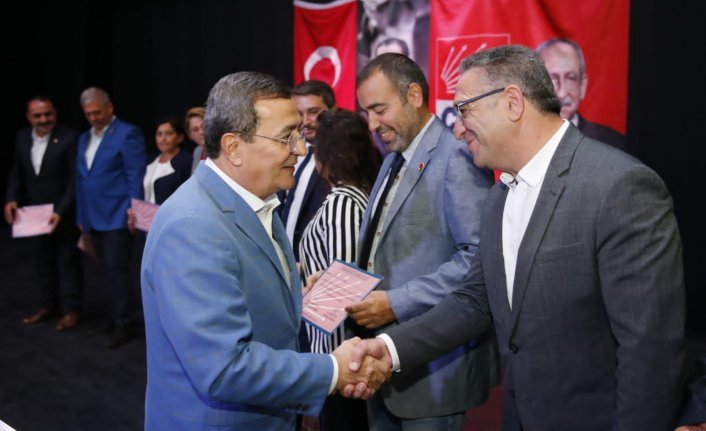 Batur'dan CHP Konak'a teşekkür ve övgü