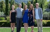Bill Gates eşine 1.8 milyar dolarlık hisse aktardı