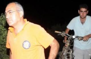Dağda Kaybolan 2 Liseliyi Gazeteciler Buldu