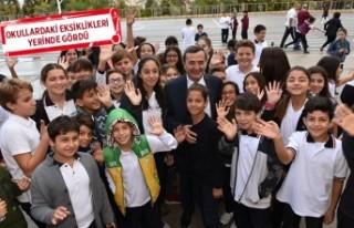 Batur'dan okullara yeni öğretim yılı ziyareti