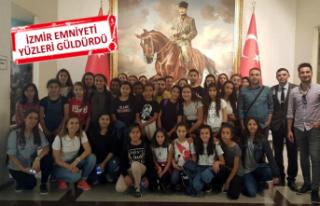 İzmir Emniyet Müdürlüğü'nden, 36 kız öğrenciye...