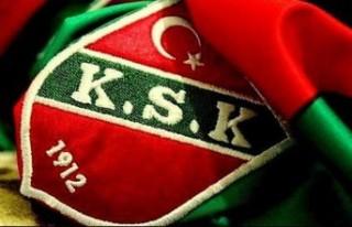 Karşıyaka'da Barış formayı kaptı