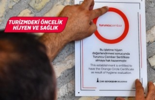 Turuncu Çember içindeki İzmir ziyaretçileri bekliyor