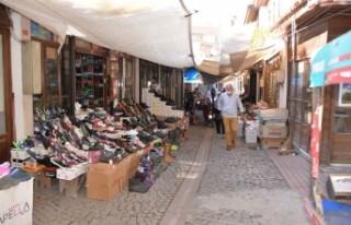 """""""Alışverişini tarihi Arasta'dan yap,..."""