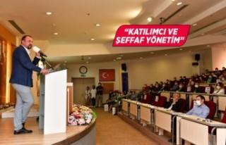 Gümrükçü'den belediye çalışanlarına 500...