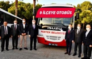 İzmir Büyükşehir Belediyesi 9 ilçeye otobüs...