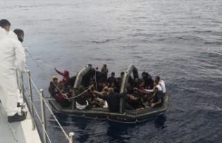 Muğla'da Türk kara sularına itilen 232 sığınmacı...