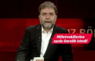 Ahmet Hakan'dan Twitter'ı sallayan aşı...