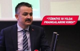 Bakan Pakdemirli, İzmir'de iş dünyası temsilcileriyle...