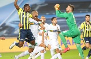 Fenerbahçe: 2 - Aytemiz Alanyaspor: 1