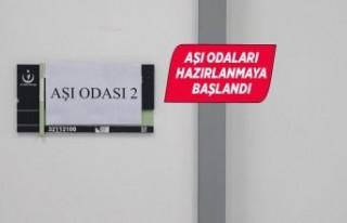 Hastanelerde Kovid-19 aşı odaları hazırlanmaya...