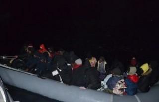 İzmir açıklarında 48 sığınmacı kurtarıldı