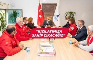 Kızılay İzmir Şubelerinden Başkan Soyer'e...