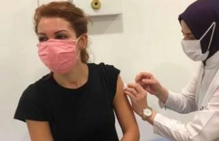 """Nagehan Alçı'dan aşı tepkisi! """"Sonuçları..."""