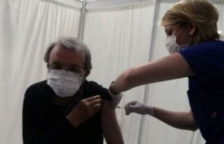 Aile hekimleri tepkili: Kadro eksik, aşı hızı...