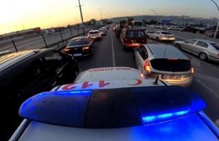 Ambulans şoförleri: Sürücüler fermuar tekniği...