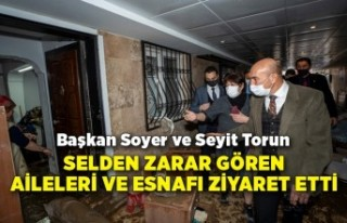 Başkan Soyer selden zarar gören aileleri ve esnafı...