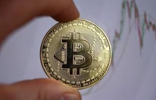 Bitcoin'de yeni zirve 56,425.22 dolar