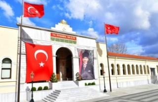 İstanbul Valiliği'nden okulların açılmasına...