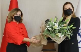 Orkestra şefliği alanında Türkiye'nin ilk kadın...