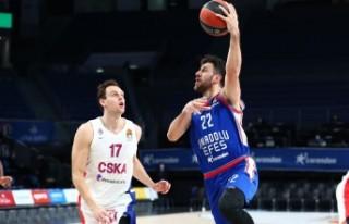Anadolu Efes - CSKA Moskova: 100-70