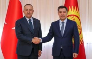 Bakan Çavuşoğlu, Kırgızistan Cumhurbaşkanı...