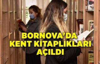 Bornova'da kitaplıklar açıldı