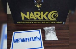 Turgutlu'da arama kararı bulunan 6 kişi yakalandı