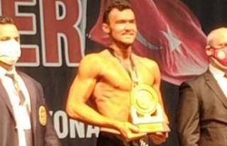 Efes Selçuk'a Türkiye Şampiyonasından Altın...