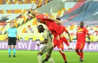 Fenerbahçe, Malatya'da şampiyonluk için ağır...