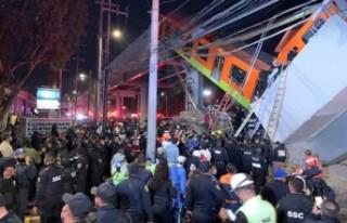 Meksika'da üst geçit faciası: 15 ölü
