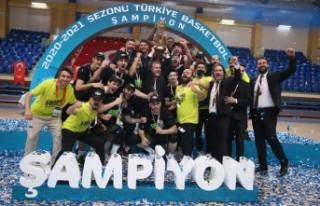 Şampiyon Merkezfendi Belediyesi Denizli Basket kupasına...
