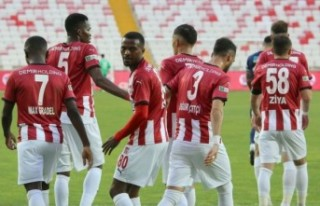 Sivasspor, Kasımpaşa'yı yenip sezonu 5. bitirdi