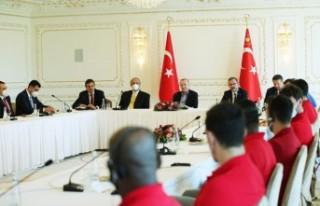 Erdoğan, Anadolu Efes'i kabul etti