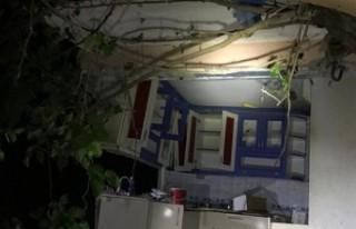 İzmir'de tüp patlayınca duvarlar yıkıldı:...