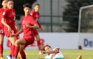 Kadın A Milli Futbol Takımı, Bulgaristan'ı...