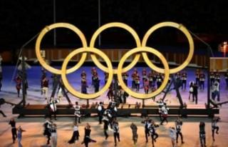 2020 Tokyo Olimpiyatları görkemli açılış töreniyle...