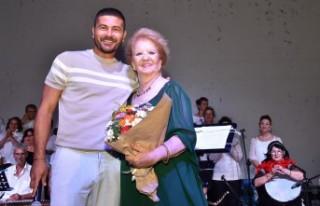 Yeni Foça'da Türk sanat müziği akşamı