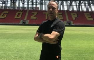 Göztepe'de futbol akademi teknik direktörlüğü...