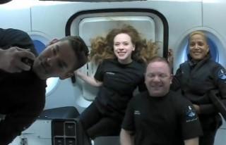Yörüngedeki 'uzay turistlerinden' ilk...