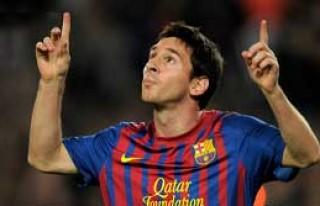 Messi'nin Doktoru İtiraf Etti!